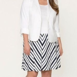 Lane Bryant navy  blue and white Chevron skirt